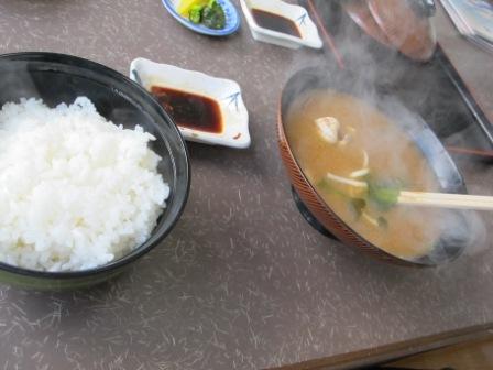 白飯と味噌汁
