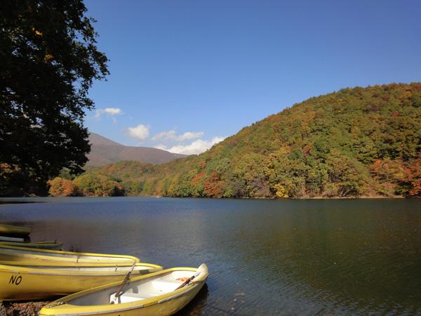 長老湖のボート13111