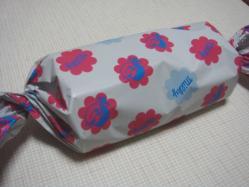 ミルキーと同じデザインの包み紙に入ってるのだ!