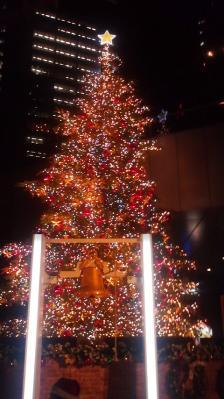 日本テレビのクリスマスツリー