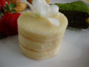 白餡ケーキ