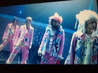ピンクの衣装