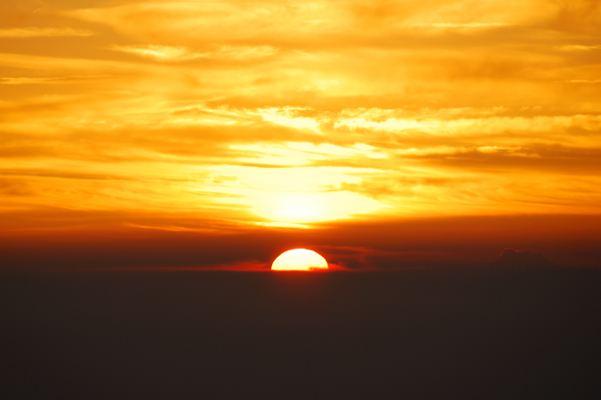富士山から見る日の出はやっぱりちがう・・・気がする
