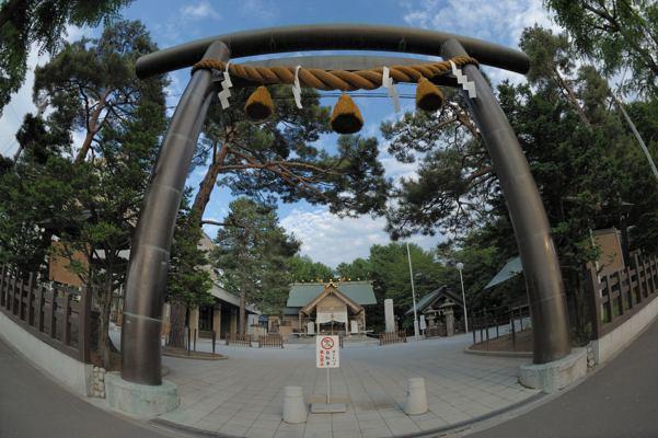 白石神社。札幌で一番エライ神さまに願掛け?