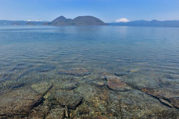 湖の中の島がポイントです