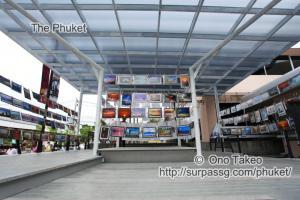 この記事「ウィークエンドマーケットでの写真展」の写真 (355-433)