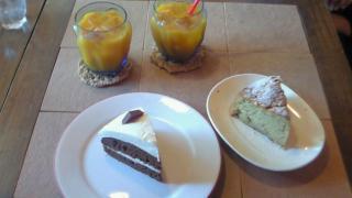 ケーキ二種類