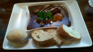 ビーフシチュー+パン