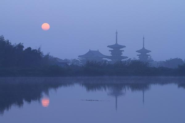西ノ京 霧の朝1