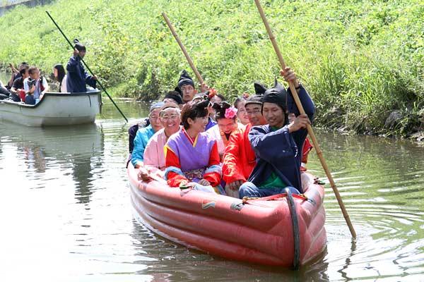 秋篠川 舟下り1