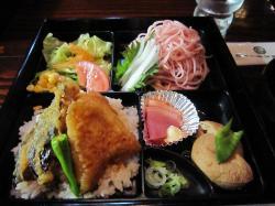 桜蕎麦弁当
