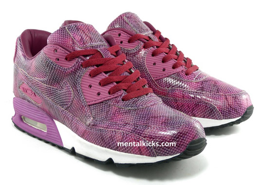 Nike-Air-Max-90-Purple-Snakes-01.jpg