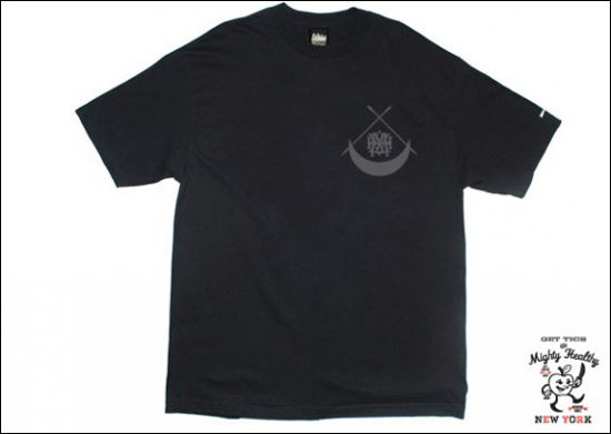 black-scale-mighty-healthy-tee-3-540x384.jpg