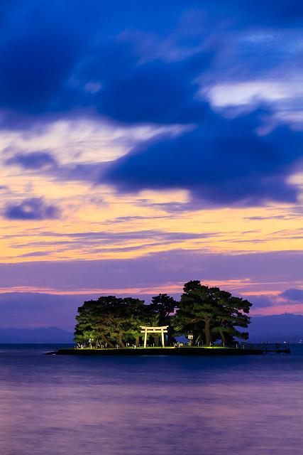 松江 宍道湖 嫁ヶ島 夕日 夜景 水燈路
