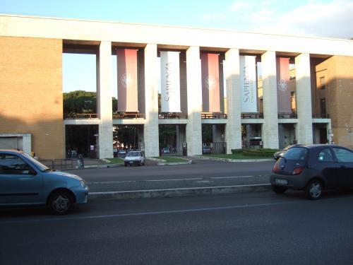 サピエンサ大学
