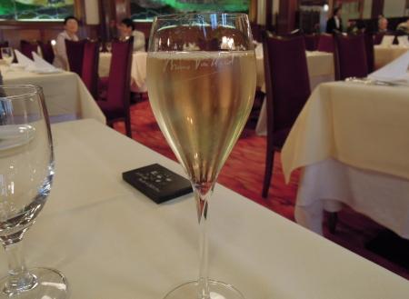 万平シャンパン