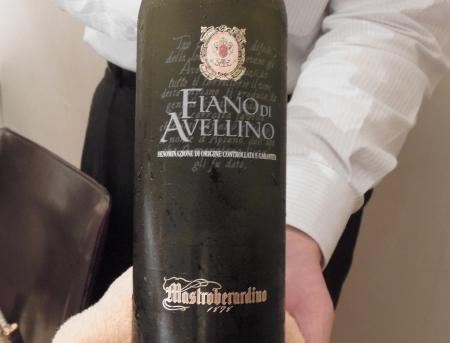 イザ白ワイン瓶