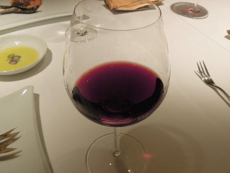 イザ赤ワイン