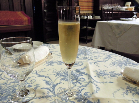 鯛萬シャンパン