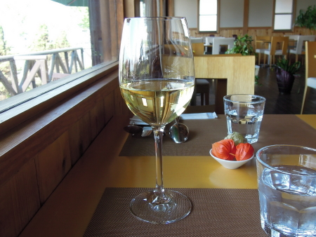 ラトリエ白ワイン