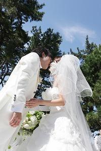 挙式 誓いのキス