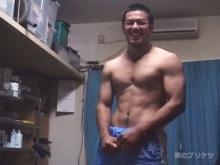 ゲイ動画:男前100パーセント雄マラむらむらオナニー合宿 !!