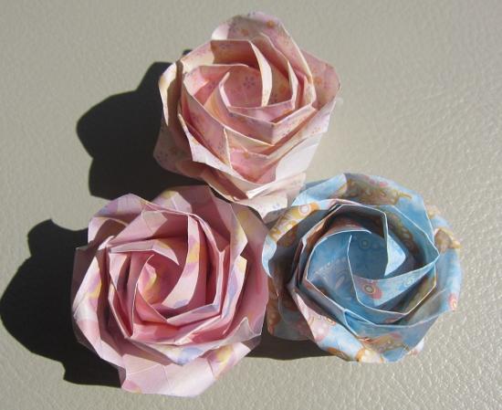 すべての折り紙 千代紙折り方花 : この紙、薄くてパリッとしてて ...