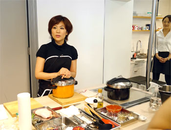 0922wonderchef_3.jpg