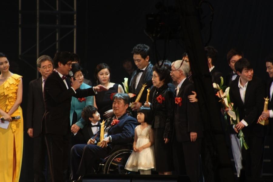 110228-大韓民国ソウル文化芸術大賞-20
