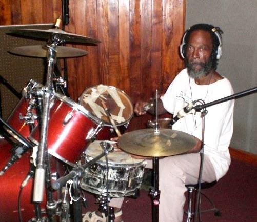 BarnaRas Drummer