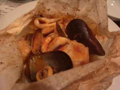魚介のカルトッチョ