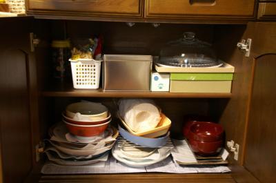 食器棚下段
