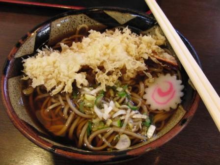 おかぁは天ぷら蕎麦!¥990.JPG