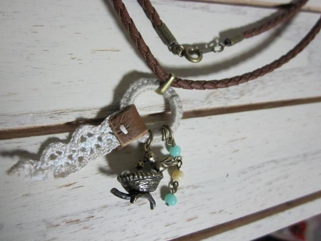 小鳥チャームのネックレス1