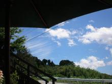 東の空・筋雲