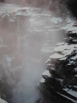 アサバスカ滝