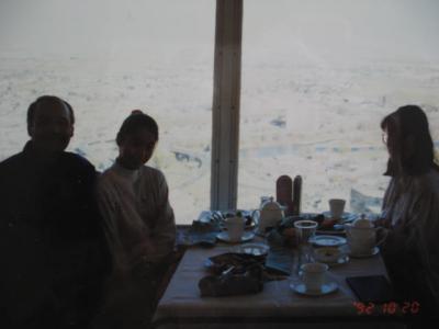 カルガリー・タワーで食事