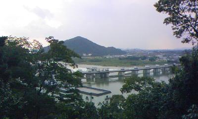 犬山城 から木曽川の橋