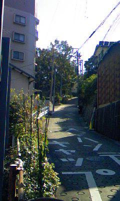 塩釜口の坂道2