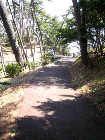 大船渡の土の坂道