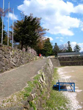 木島平の小学校