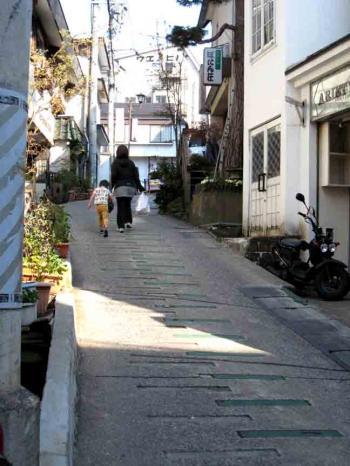 野沢温泉の坂道3