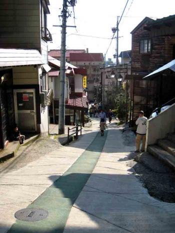 野沢温泉の坂道5