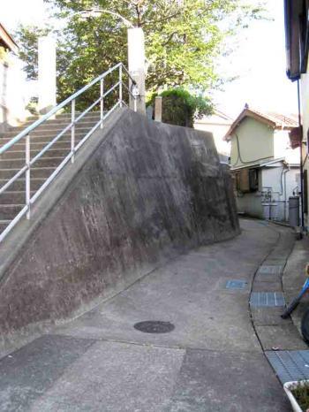 日間賀島 坂道4