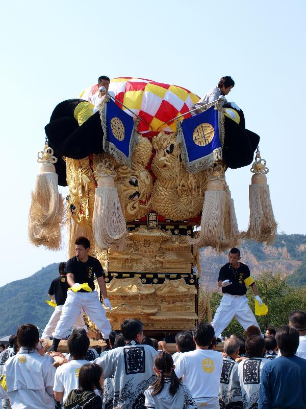 土居秋祭り 関川河川敷 飯武太鼓台