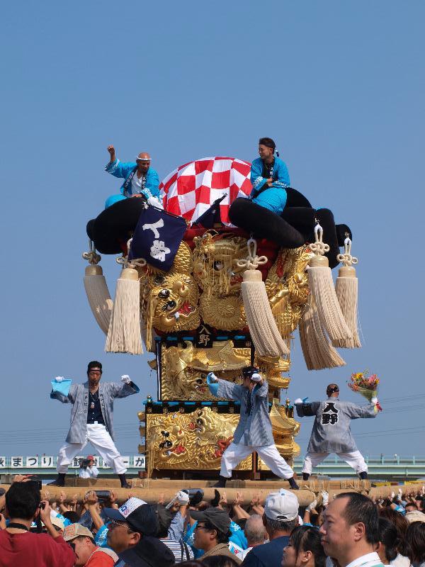 土居秋祭り 関川河川敷 入野太鼓台