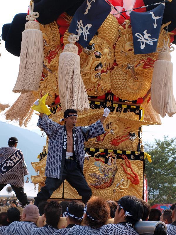 土居秋祭り 関川河川敷 小林太鼓台