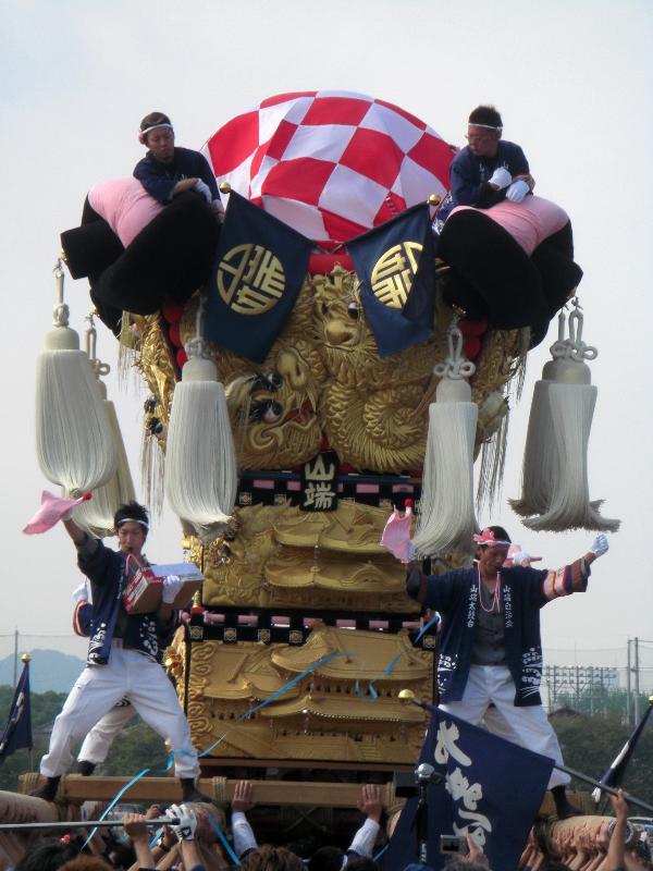 新居浜太鼓祭り 川東地区 河川敷かきくらべ