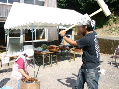 『昔の稲刈り体験』2009年091006f