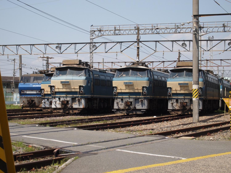 吹田機関区EF66 0番台4機